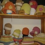 Gorros para niños de lana merina muy suave, tintes naturales de plantas